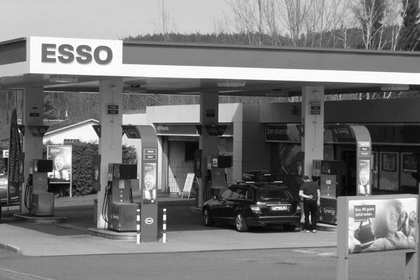 Tankstelle im Stadtbereich von Naila